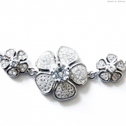 Bransoletka srebrna kwiaty z cyrkoniami